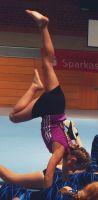 Elena_Handstand